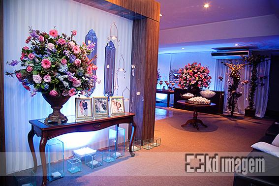 pela Flor e cia – foi bem romântica, em tons de azul, lilás e rosa