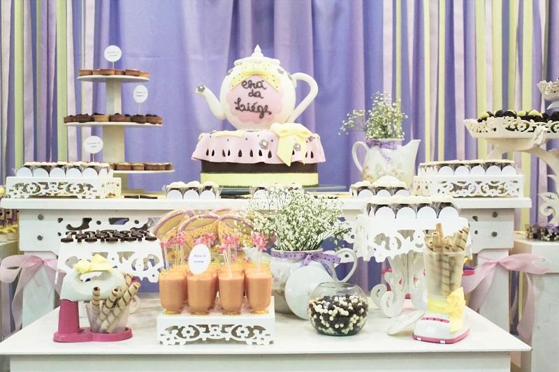 Chá de Panela Lilás e Amarelo  Peguei o Bouquet