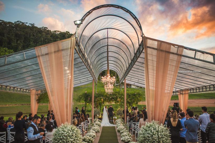 Casamento ao Ar Livre: Fabiana e Rodrigo