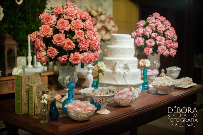 Casamento de Brunella Sgaria e Lucas Galvêas - Decoração da Ideias de Evento - Foto: Débora Benaim