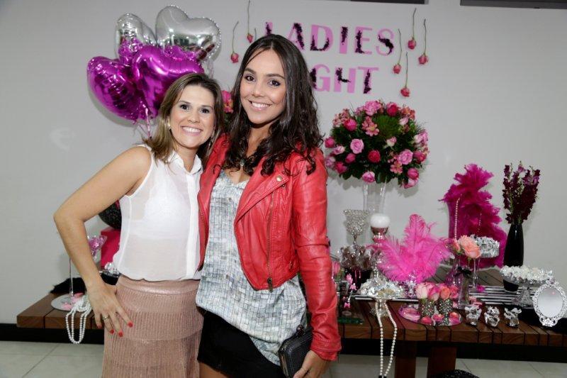 A noiva com a nossa super parceira Carolina Neves!