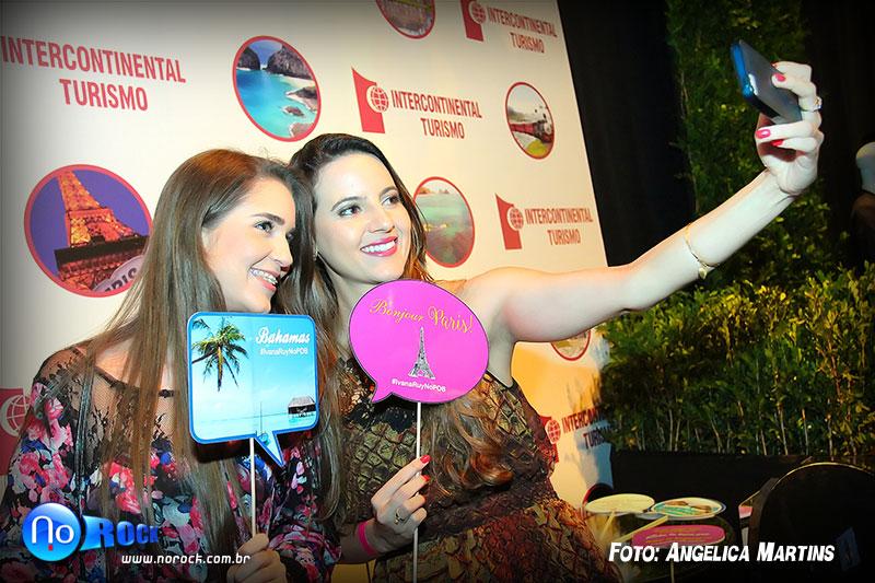 Espaço da Intercontinental Turismo, com o sistema de impressão de foto através de Hashtag do No Rock (Instaprinter) - #IvanaRuyNoPoB