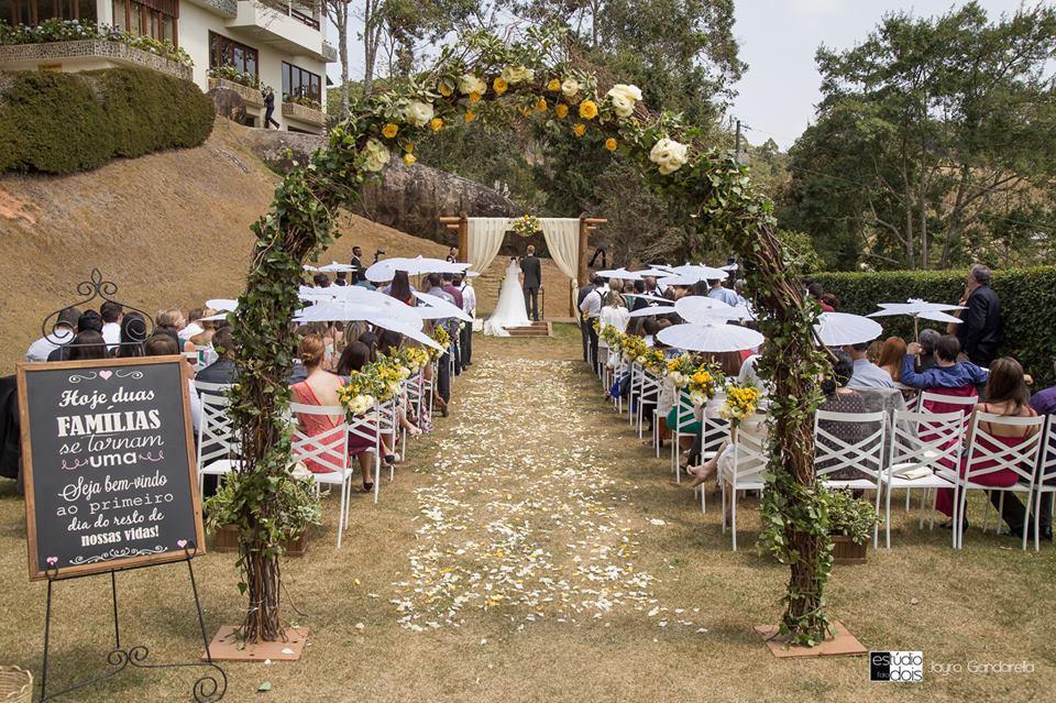 Casamento em Pedra Azul: Elisa e Floris