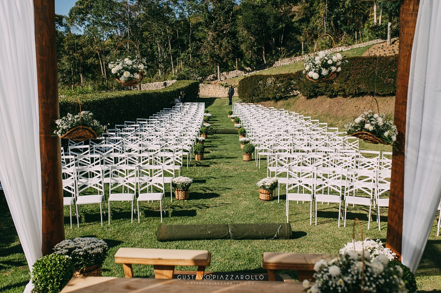 Casamento na Montanha - Joana e Roberto - realizado na Pousada Recanto da Pedra, em Domingos Martins, no Espírito Santo.