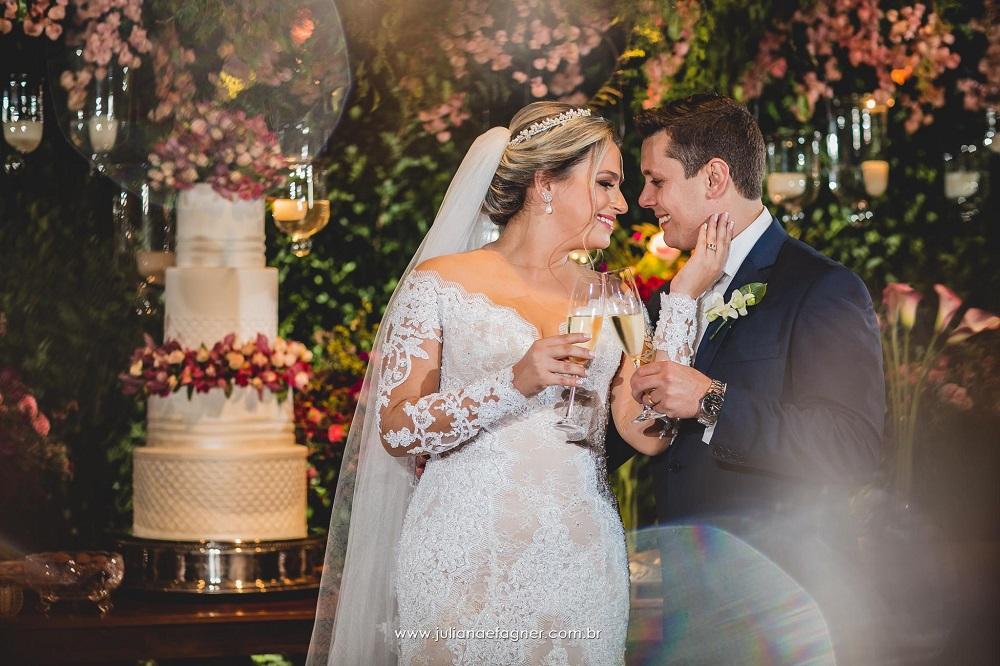 Casamento Clássico-Romântico: Priscila e Jonathan