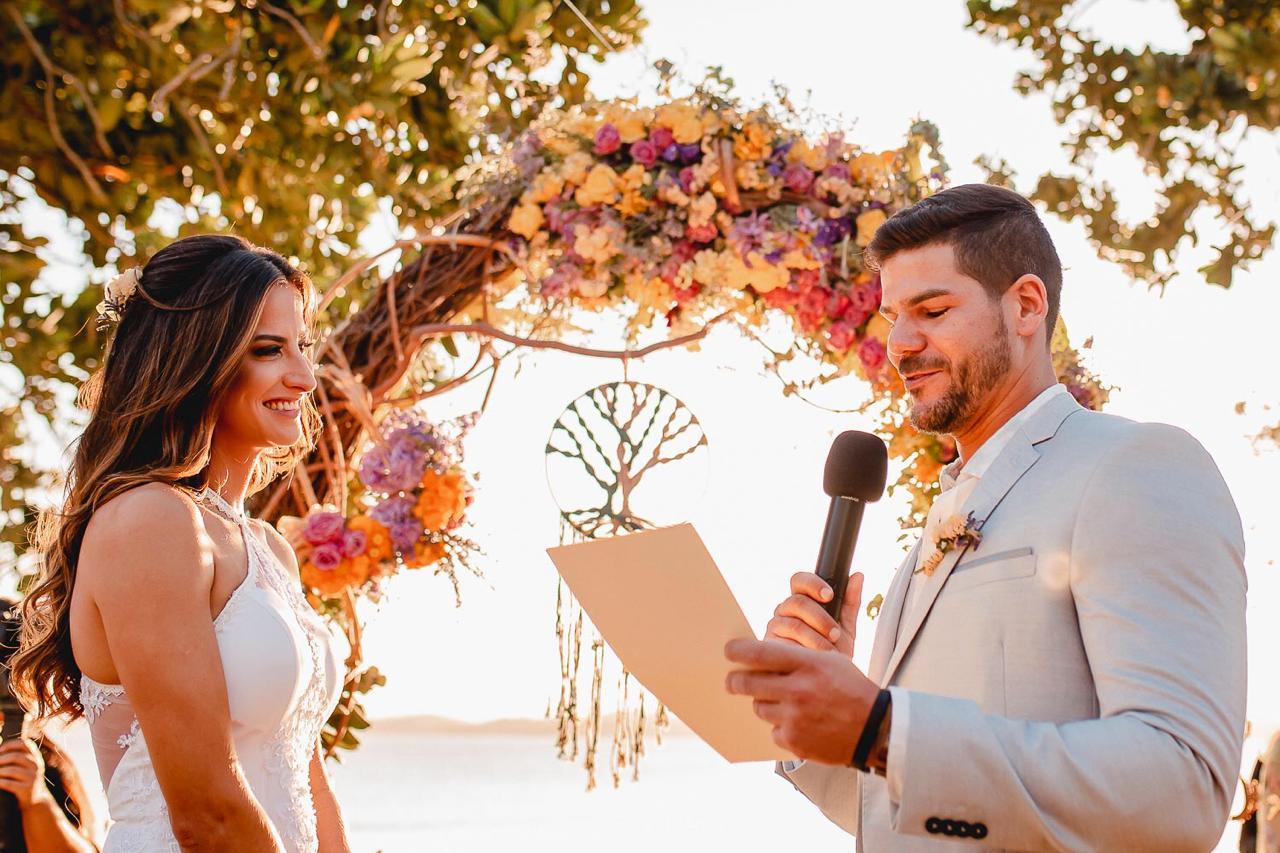 Casamento na Praia: Melina e Felipe